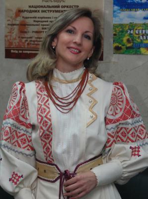 Наталя Собуцька (вокал, бандура)